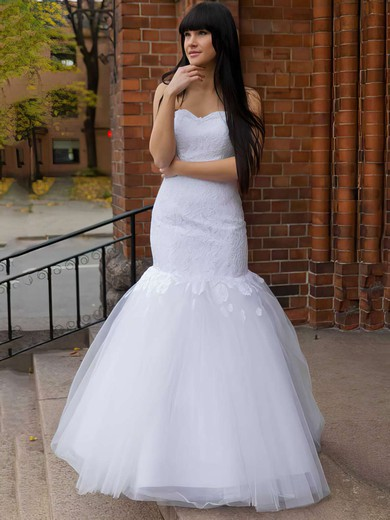 Sweetheart Trumpet/Mermaid Floor-length Lace Tulle Appliques Lace Wedding Dresses #DOB00021197