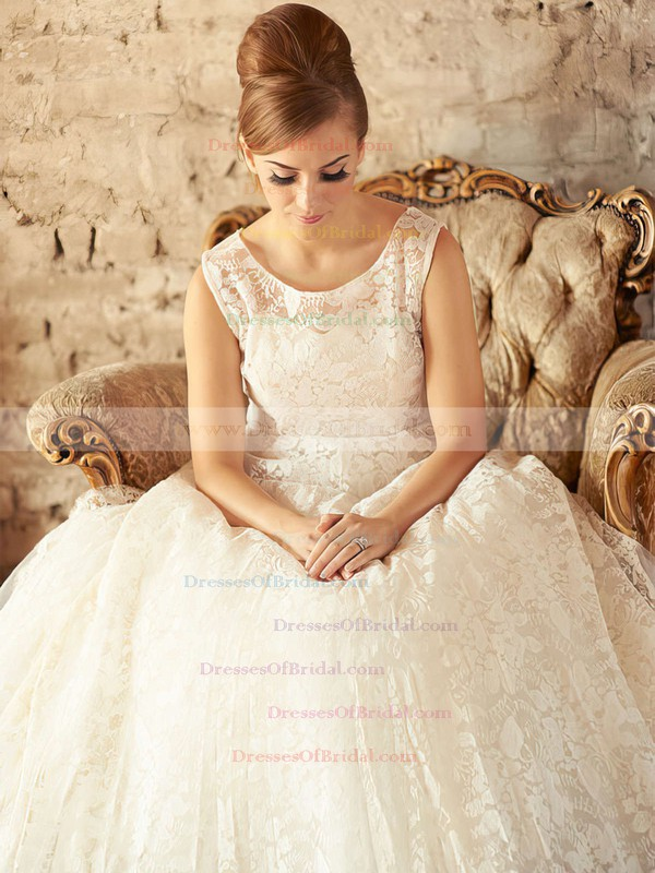 Scoop Neck Ball Gown Floor-length Lace Tulle Appliques Lace Wedding Dresses #DOB00021201