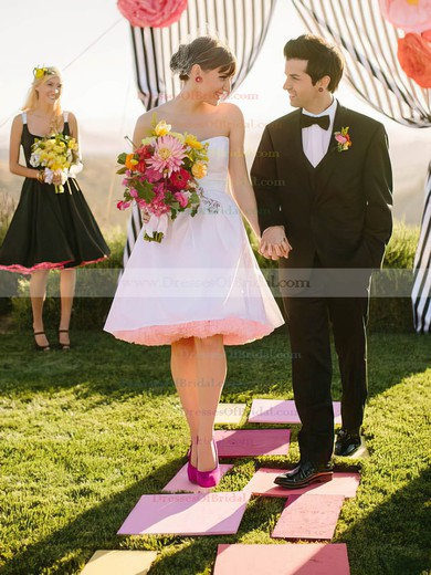 Sweetheart A-line Knee-length Tulle Taffeta  Wedding Dresses #DOB00021449