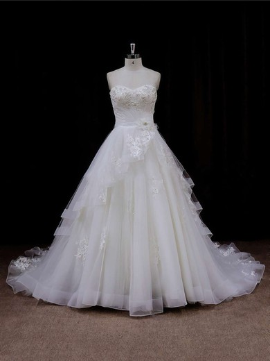 Tulle Appliques Lace Sweetheart Chapel Train Modest Ivory Wedding Dresses #DOB00021633