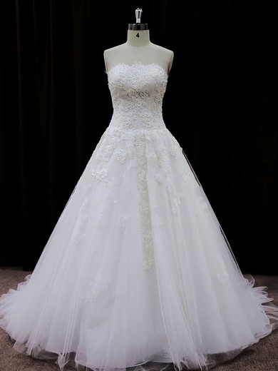 Tulle Court Train Appliques Lace Gorgeous Ivory Strapless Wedding Dresses #DOB00021694
