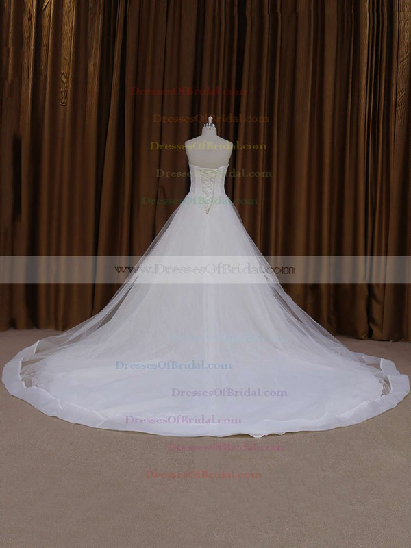 Chapel Train Ivory Tulle with Appliques Lace Sweetheart Wedding Dress #DOB00021813