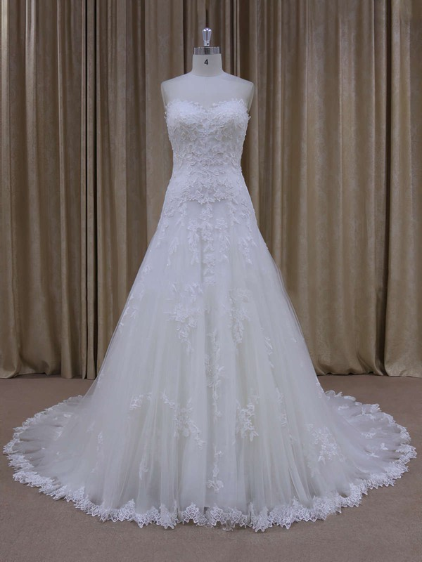 Sweetheart Appliques Lace Court Train Ivory Tulle Discount Wedding Dress #DOB00021803