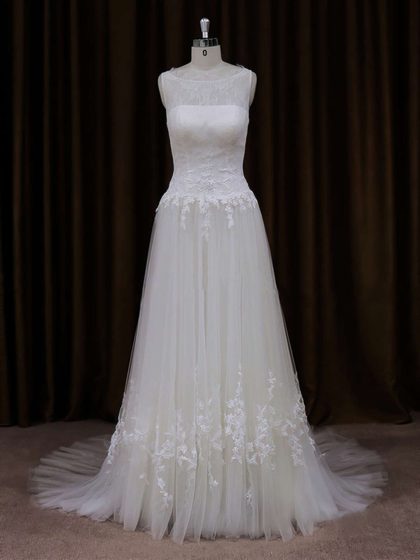 Ivory Scoop Neck Tulle Court Train Appliques Lace Modest Wedding Dress #DOB00021819
