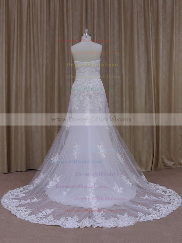 Vintage Sweep Train Tulle Appliques Lace Strapless White Wedding Dresses #DOB00021822