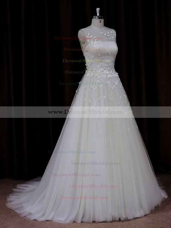 Modern Princess Tulle Appliques Lace Scoop Neck Ivory Wedding Dresses #DOB00021834