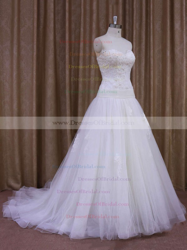 Tulle Appliques Lace Sweetheart Ivory Court Train Perfect Wedding Dresses #DOB00021859