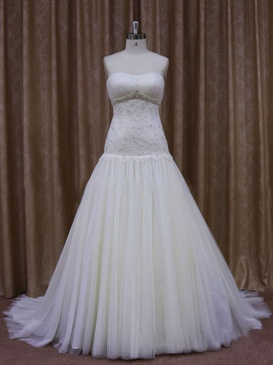 Ivory Tulle Sheath/Column Appliques Lace Sweetheart Best Wedding Dresses #DOB00021873