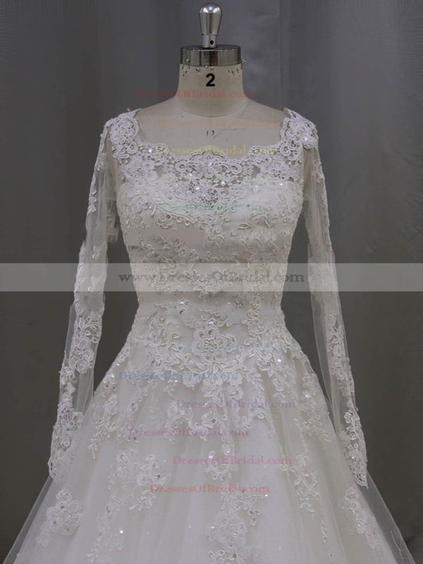 Gorgeous Scoop Neck Ivory Tulle Appliques Lace Long Sleeve Wedding Dress #DOB00021996