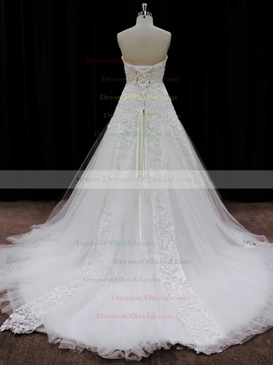Sweetheart Ivory Tulle with Appliques Lace Affordable Chapel Train Wedding Dresses #DOB00022007