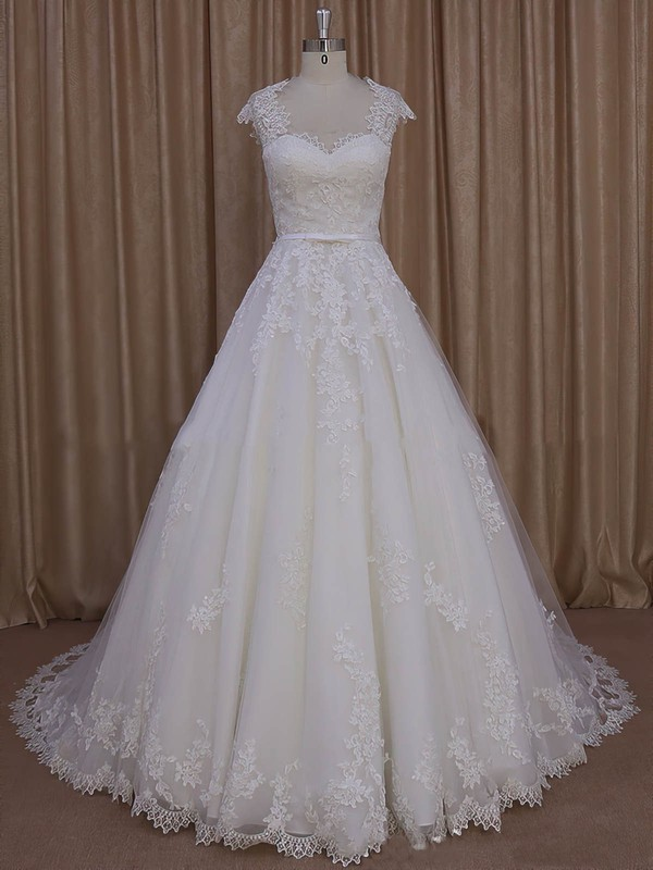 Ivory Sweetheart Tulle Court Train Appliques Lace Custom Wedding Dress #DOB00022010