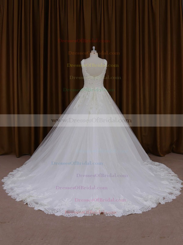 Beautiful Ivory Ball Gown Tulle Appliques Lace Scoop Neck Wedding Dresses #DOB00022035