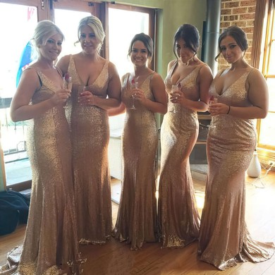 V-neck Sparkly Sequined Sweep Train Trumpet/Mermaid Bridesmaid Dresses #DOB01012758