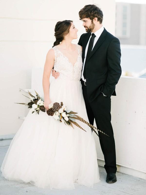 Fashion Scoop Neck Tulle with Beading Floor-length Princess Wedding Dresses #DOB00022617