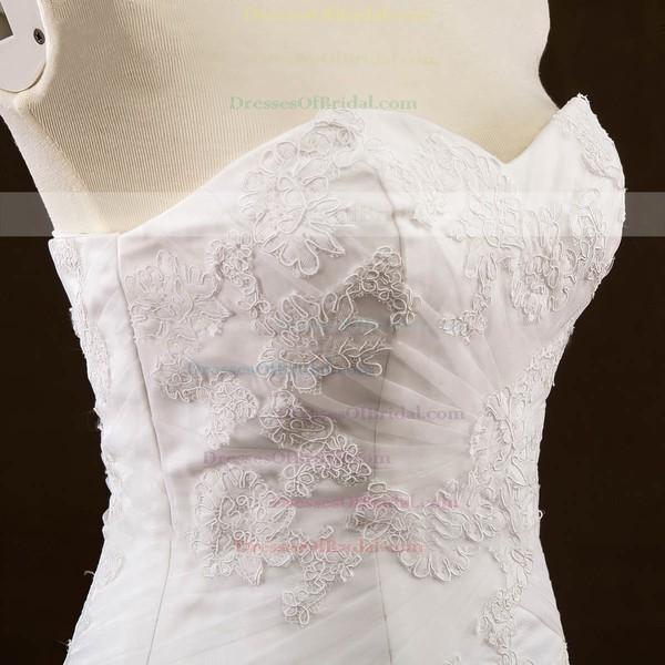 Original Sweetheart Tulle Appliques Lace Court Train Trumpet/Mermaid Wedding Dresses #DOB00022648
