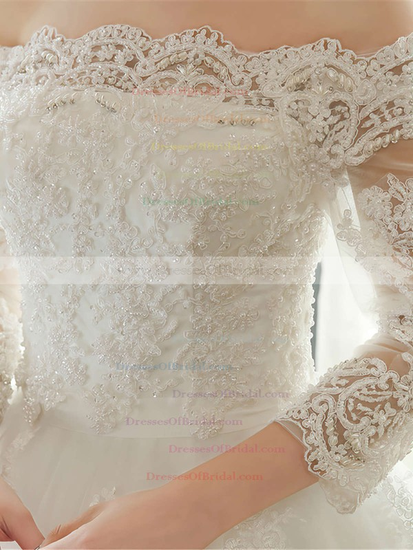 Graceful Ball Gown Off-the-shoulder Tulle Appliques Lace Floor-length 3/4 Sleeve Wedding Dresses #DOB00022667