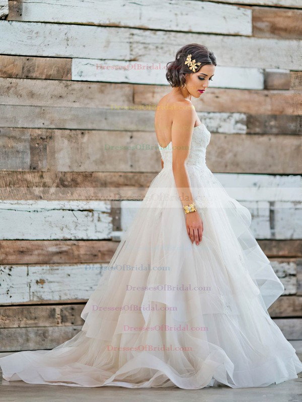 Fabulous Sweetheart Princess Tulle Appliques Lace Sweep Train Backless Wedding Dresses #DOB00022711