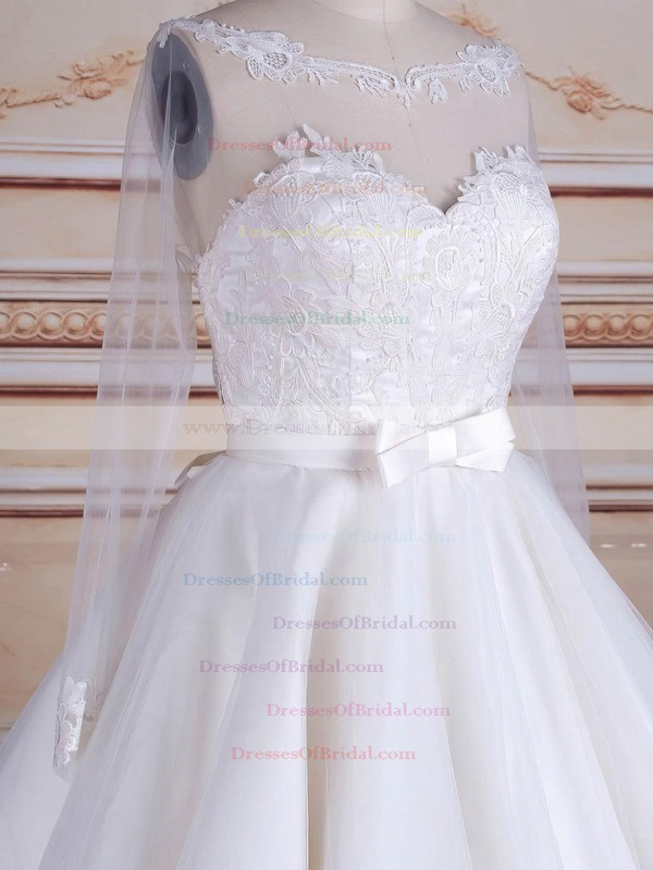 Knee-length A-line Scoop Neck Tulle Appliques Lace Long Sleeve Backless Trendy Wedding Dresses #DOB00022824