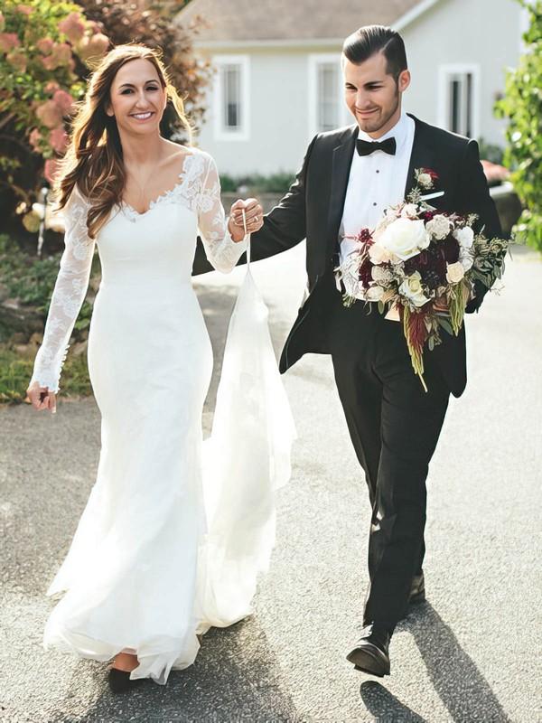 Popular V-neck Tulle Appliques Lace Sweep Train Trumpet/Mermaid Long Sleeve Wedding Dresses #DOB00022825