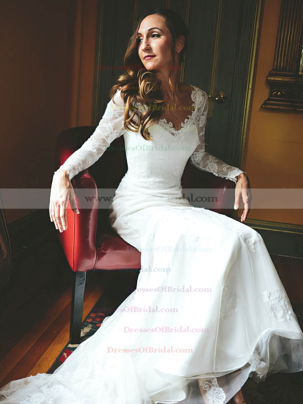 Popular V-neck Tulle Appliques Lace Sweep Train Trumpet/Mermaid Long Sleeve Wedding Dresses #DOB00022825