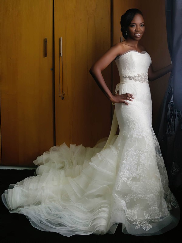 Perfect Sweetheart Organza Tulle Appliques Lace Sweep Train Trumpet/Mermaid Wedding Dresses #DOB00022869