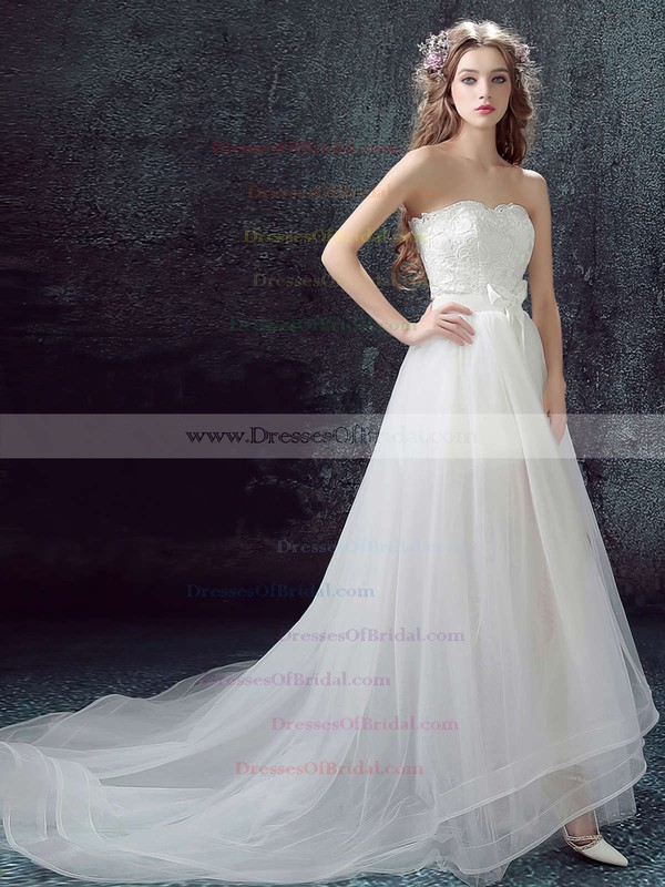 New Style A-line Sweetheart Organza Tulle Appliques Lace Asymmetrical Wedding Dresses #DOB00022878
