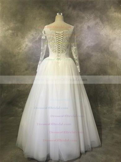 Tulle Ball Gown Scalloped Neck Floor-length with Appliques Lace Wedding Dresses #DOB00022932