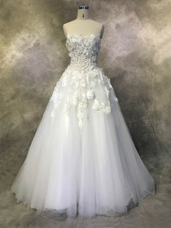 Tulle Ball Gown Strapless Chapel Train with Appliques Lace Wedding Dresses #DOB00022937