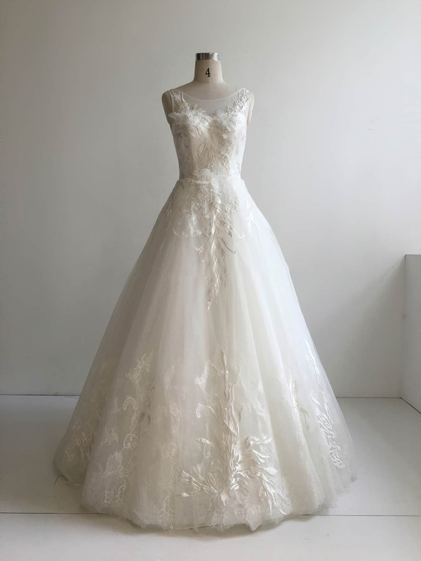 Lace Tulle Ball Gown Scoop Neck Floor-length with Appliques Lace Wedding Dresses #DOB00022951