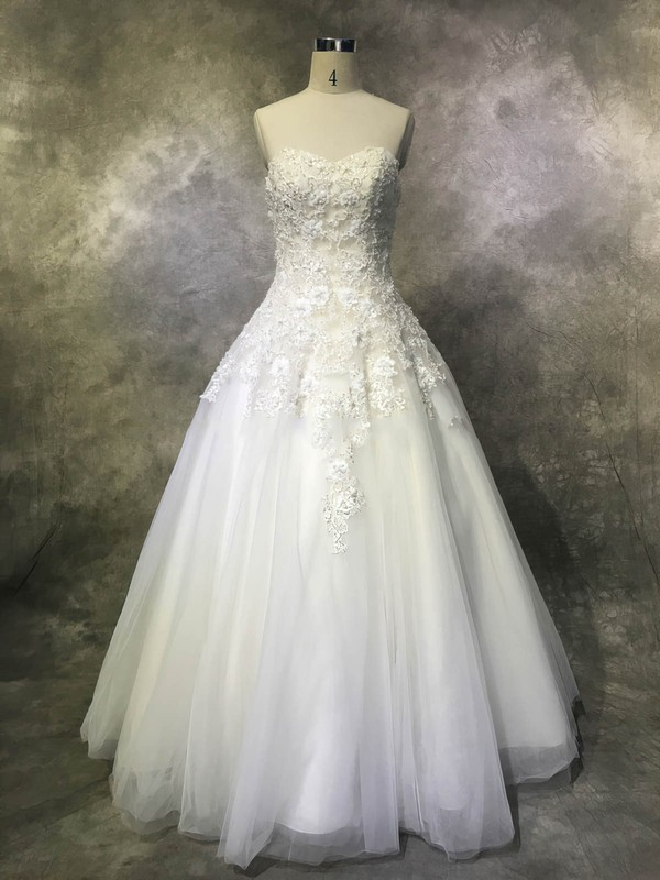 Tulle Ball Gown Sweetheart Floor-length with Sequins Wedding Dresses #DOB00022952