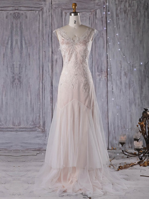 Tulle A-line V-neck Sweep Train with Appliques Lace Wedding Dresses #DOB00022959