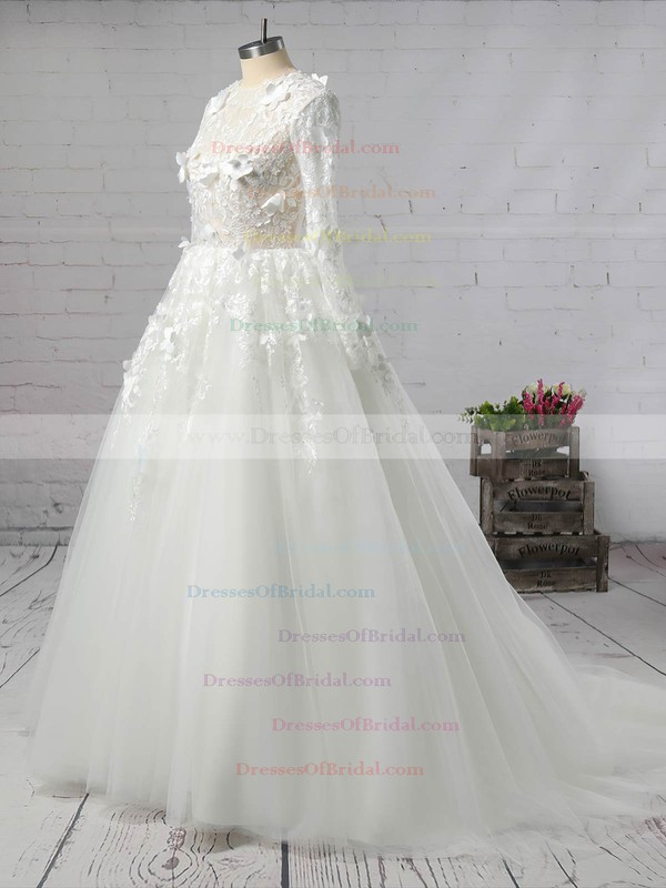 Tulle Ball Gown Scoop Neck Court Train with Appliques Lace Wedding Dresses #DOB00023008