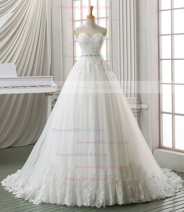 Tulle Ball Gown Sweetheart Chapel Train with Sashes / Ribbons Wedding Dresses #DOB00023030