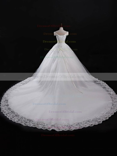 Tulle Ball Gown V-neck Chapel Train with Appliques Lace Wedding Dresses #DOB00023055