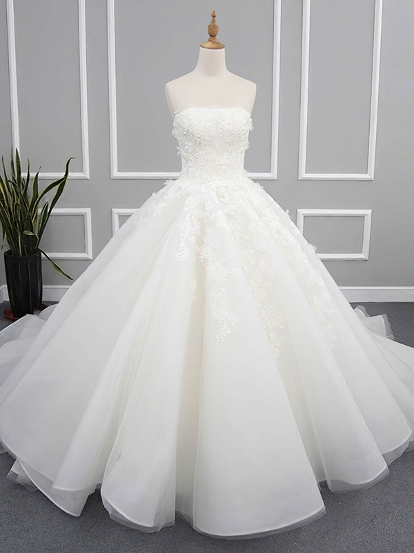 Organza Tulle Ball Gown Strapless Chapel Train with Appliques Lace Wedding Dresses #DOB00023078