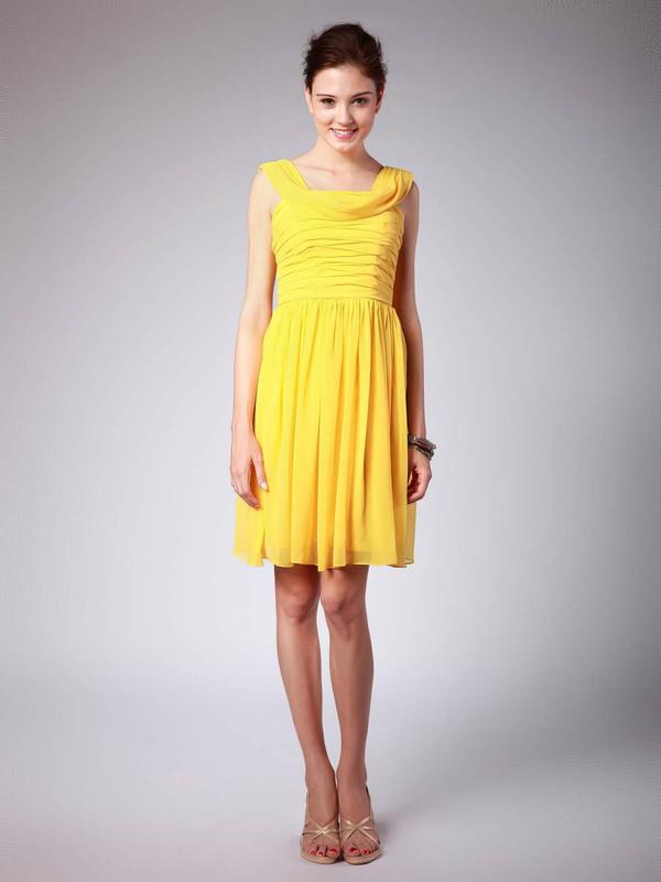 Scoop Sheath/Column Knee-length Chiffon Pleats Bridesmaid Dresses #DOB02042139