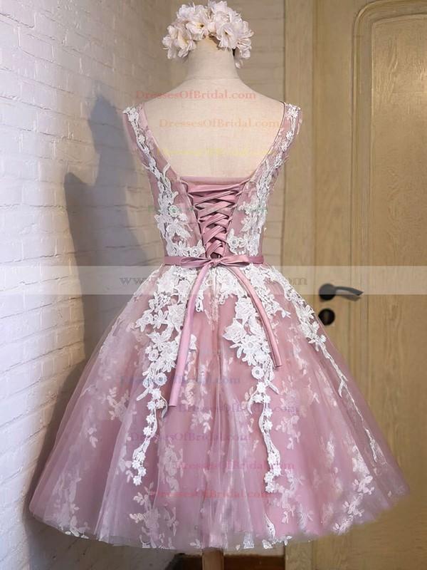 A-line Scoop Neck Tulle Appliques Lace Exclusive Knee-length Bridesmaid Dresses #DOB010020102736