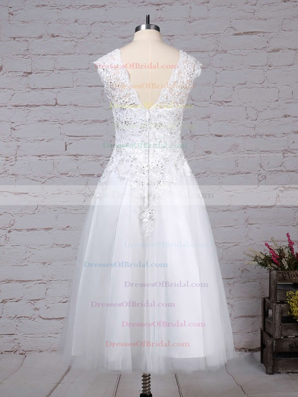 Tulle Ball Gown Scoop Neck Tea-length Beading Wedding Dresses #DOB00023274