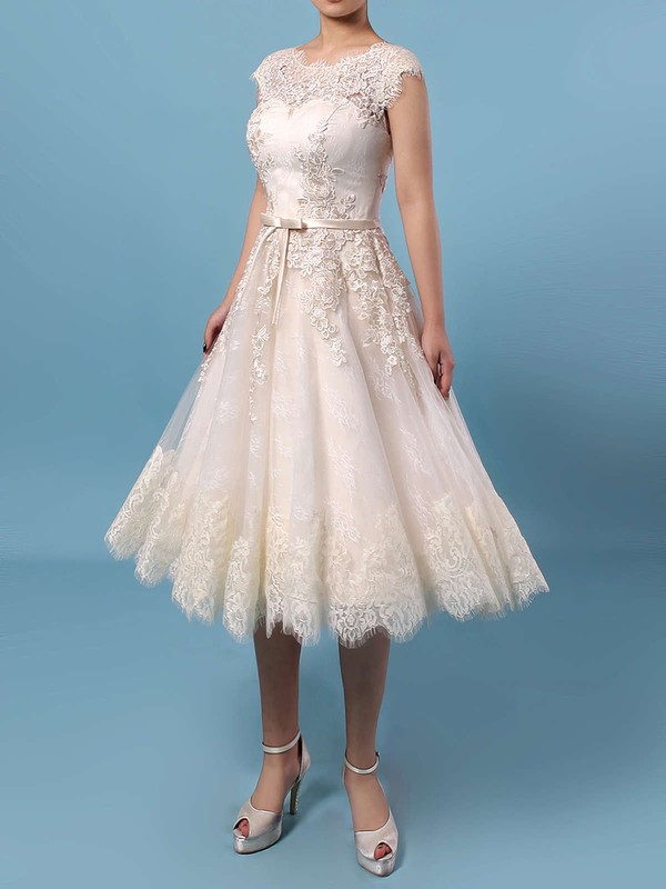 Lace Tulle A-line Scoop Neck Knee-length Appliques Lace Wedding Dresses #DOB00023302