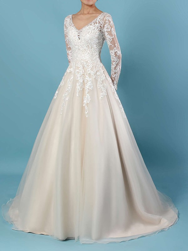 Tulle Ball Gown V-neck Court Train Beading Wedding Dresses #DOB00023154