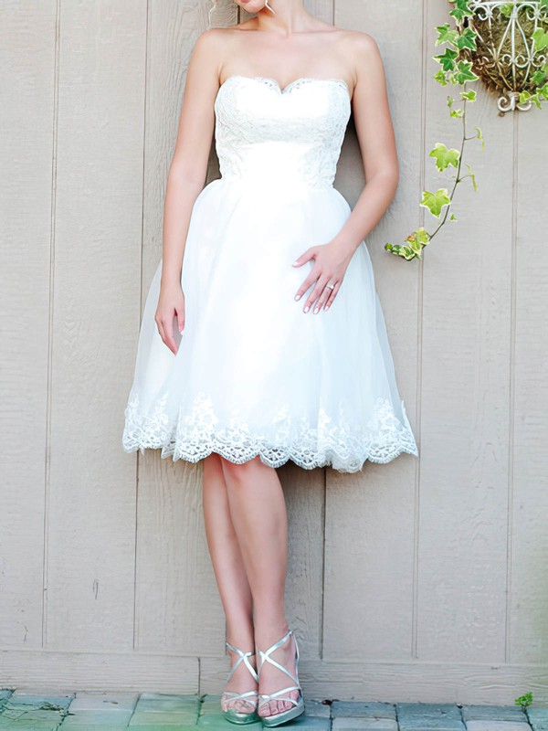 Sweetheart A-line Knee-length Organza Appliques Wedding Dresses #DOB00020476