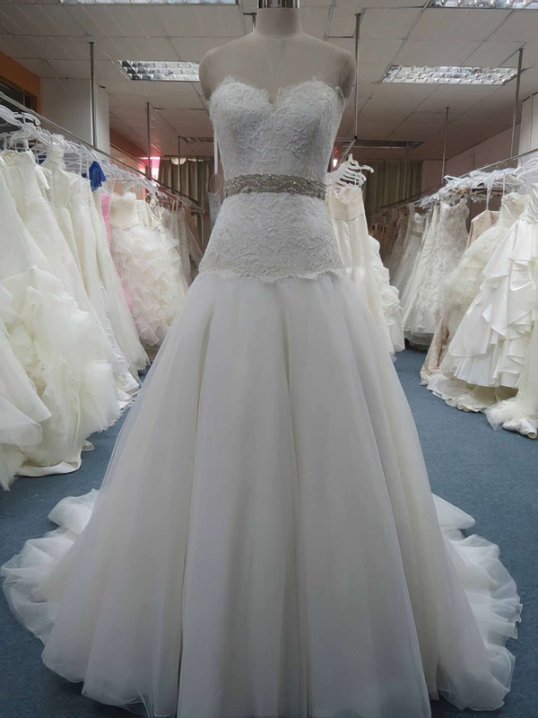 Sweetheart Princess Court Train Organza Lace Wedding Dresses #DOB00020607