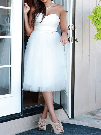 Sweetheart A-line Knee-length Tulle Satin Beading Wedding Dresses #DOB00020664
