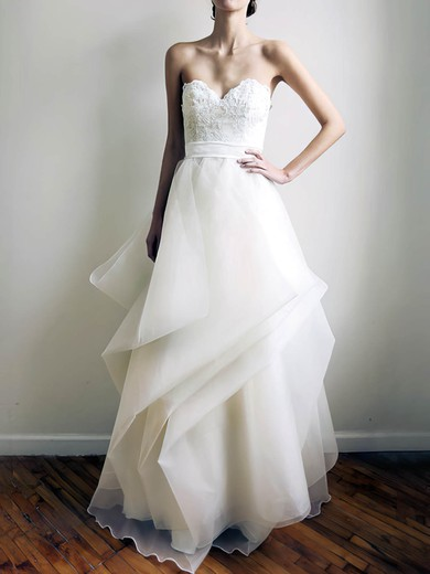 Sweetheart A-line Floor-length Organza Appliques Wedding Dresses #DOB00020772